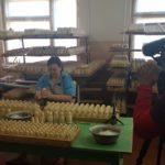 FilmspbTV filmando como hacen las matrioshkas
