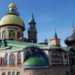 FilmspbTV filmando el tiemplo de todas las religiones en KAzan