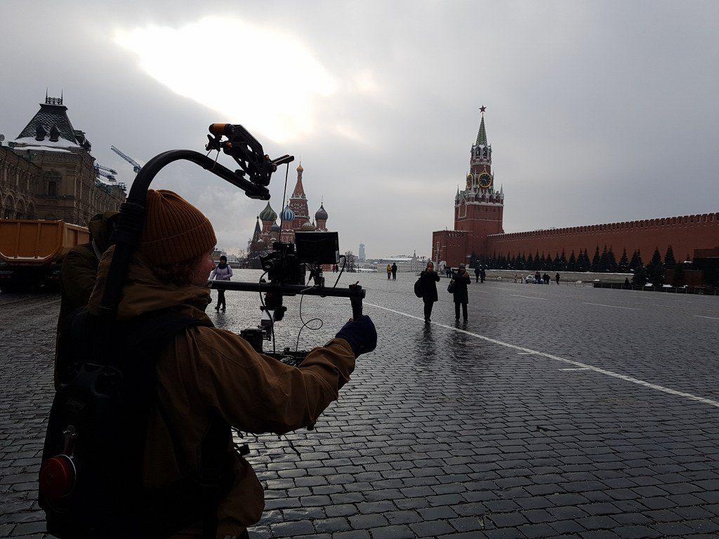 FilmspbTV grabando en la plaza roja