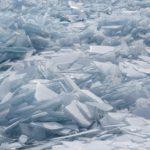 Filmando el hielo del lago baikal en Rusia